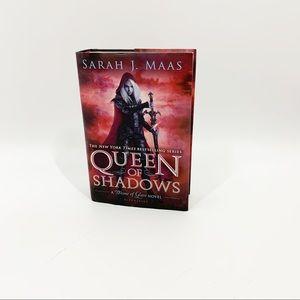 Queen Of Shadows Sarah J Maas Hardback Book